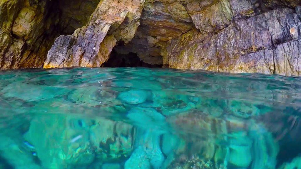 El Haouaria caves